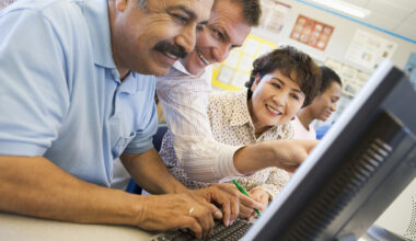 Hisplanic adult students learning computer skills